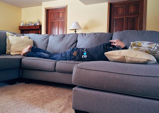 člověk, spánek, pohovka, polštáře