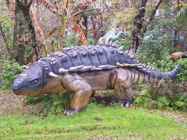 dinosaurus v lese