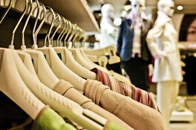 oblečení na prodej